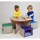 Wavy Legs Table & Stools Set by Playscapes